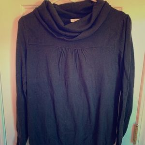 Old Navy maternity sweater in black, size M